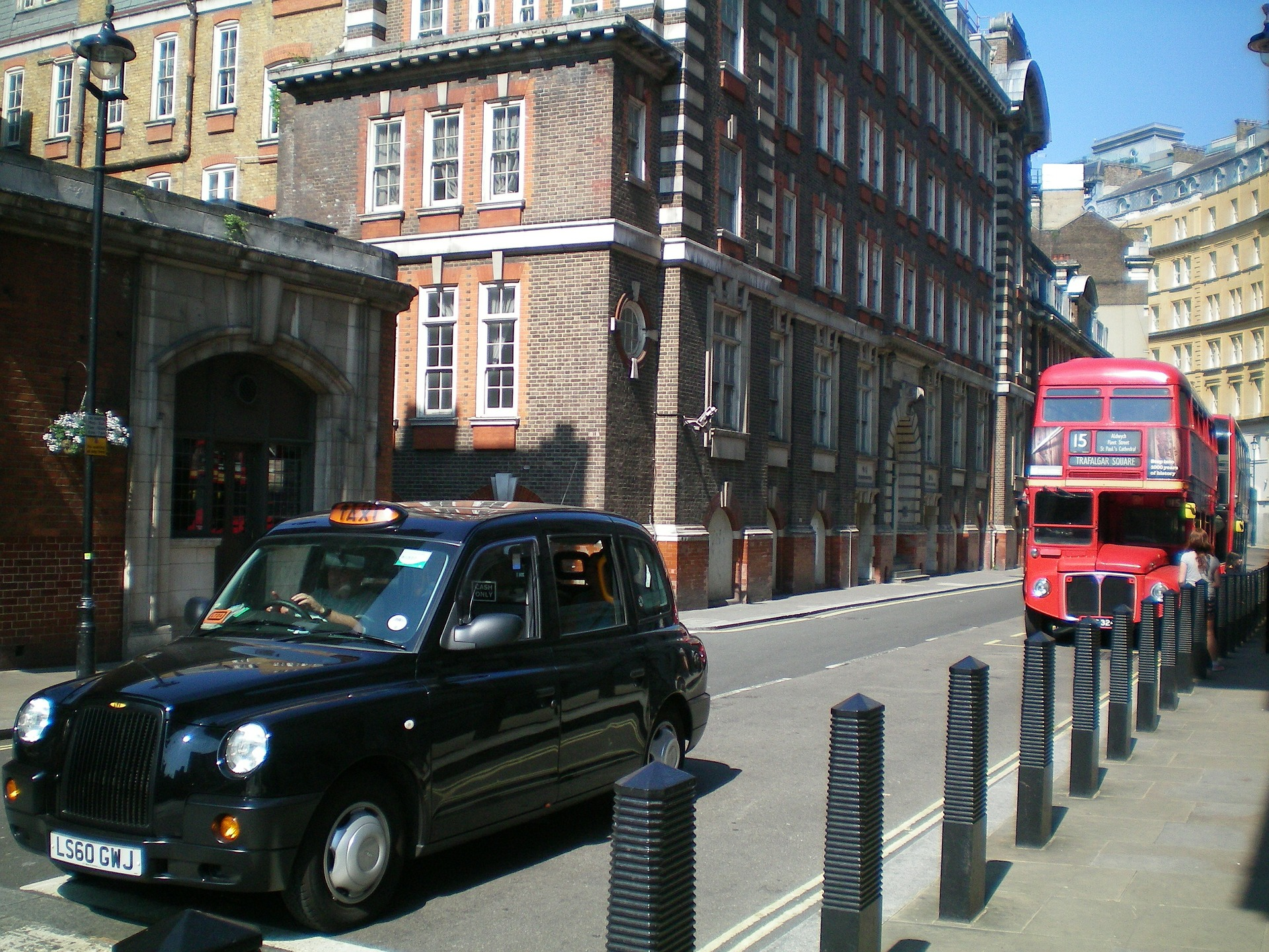 Notting Hill Taxi Tour in London